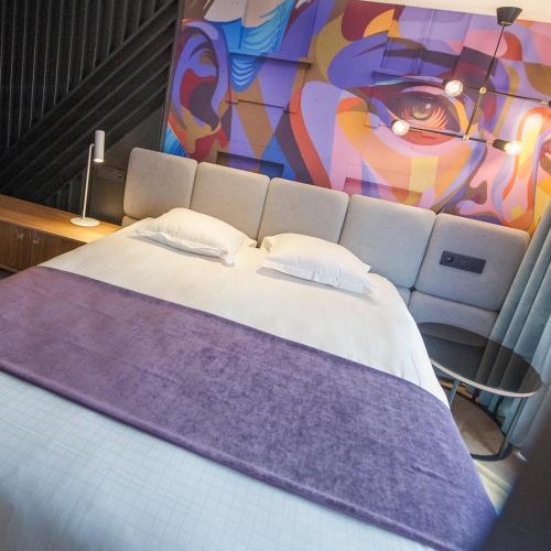 . Ostend Hotel