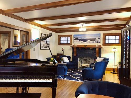 The Butler House Bed & Breakfast - Accommodation - Niagara Falls
