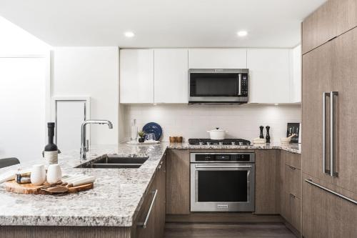 Level Vancouver - Yaletown Richards - Accommodation - Vancouver