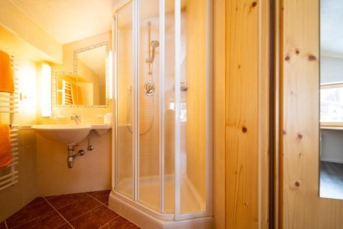Chalet Rosmarie - Accommodation - St. Anton am Arlberg