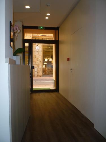 6 Rue de la Turbie, Monte Carlo, 98000, Monaco.