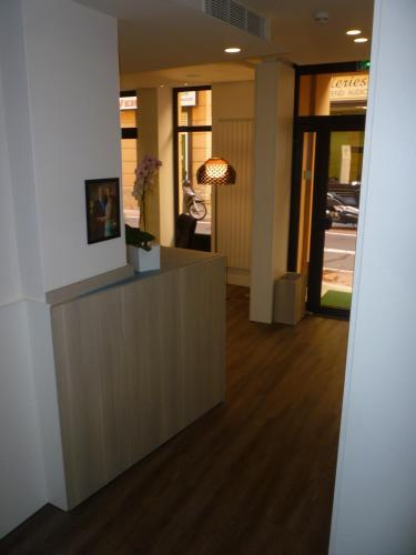 Hotel De France - 7 of 32