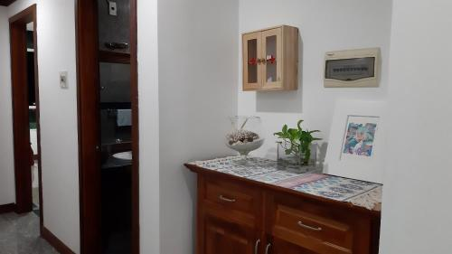 Nora's House - Cozy 3 Bedroom Apartment Lakeview -
