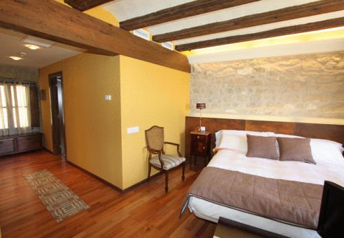 Superior Double Room Hotel del Sitjar 15