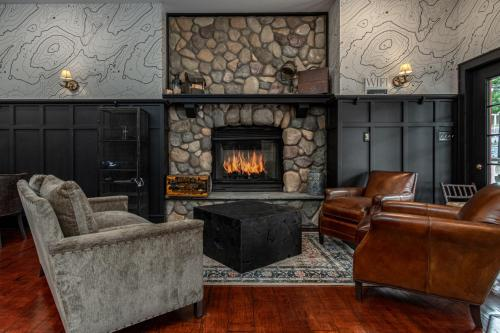 The Alpine Lodge - Accommodation - North Creek