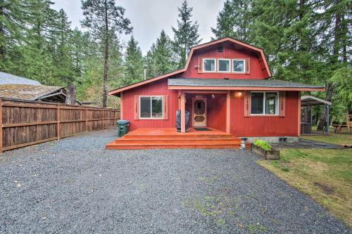 Cozy Ashford Home - 5 Mi to Rainier Natl Park! - Ashford