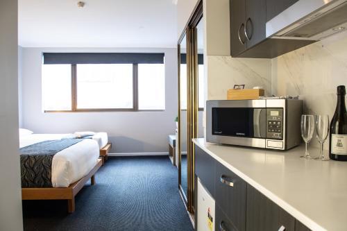 Capital Executive Apartment Hotel - Canberra