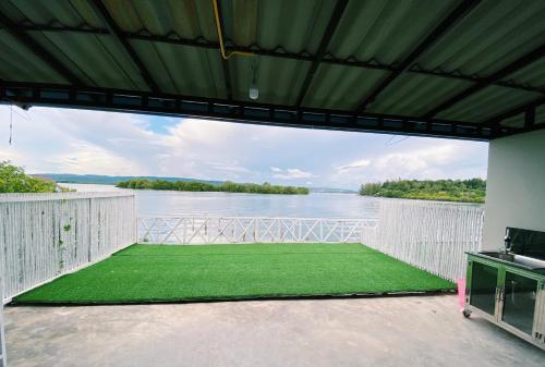 Thmorda Riverview Resort
