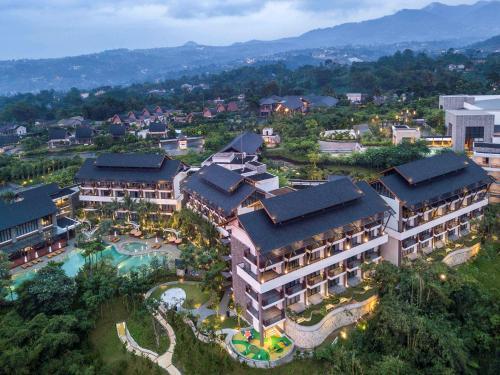 . Pullman Ciawi Vimala Hills Resort