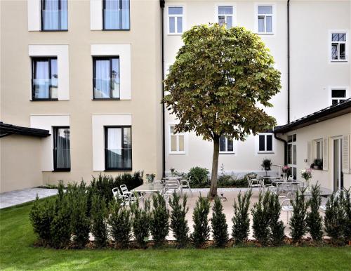 Das Jedermann Boutiquehotel mit Stadtgarten, Pension in Salzburg