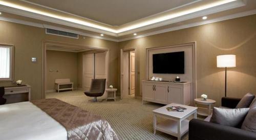 Room #105302237