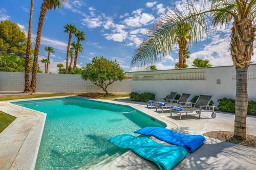 Palm Springs Midcentury Alexander Main image 1