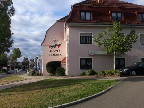 . Hotel Schenk