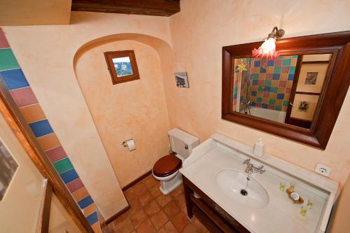 Attic Suite with Sea View Hotel Des Puig 11