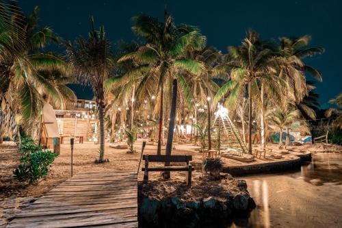 . Nomads Hotel & Beachclub