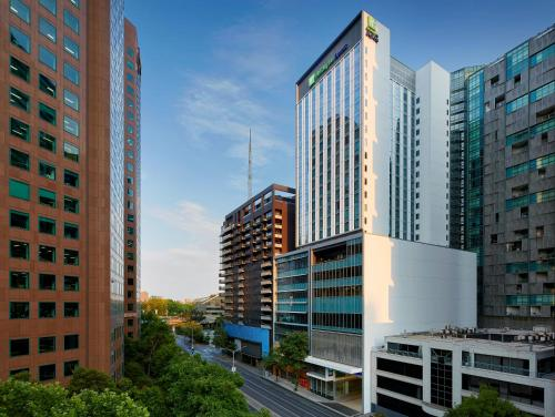 . Holiday Inn Express Melbourne Southbank, an IHG Hotel