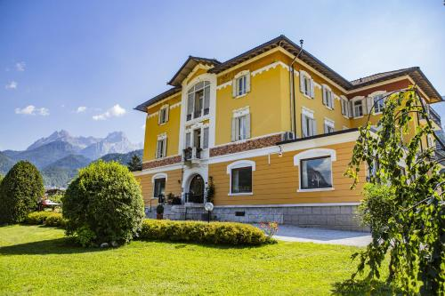 . Hotel Villa Imperina