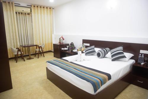 HOTEL KAMREL KURUNEGALA