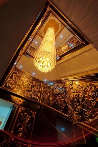 . Altyn Adam Hotel