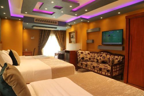 Grand Nile Royal Hotel at Nile Plaza - image 10