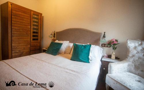 Double or Twin Room Casa de Lema 2