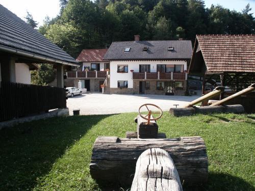 Pri Lazarju Farm Stay