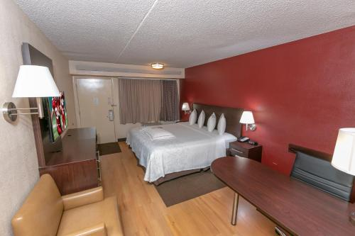 Premium King Room - Disability Access/Smoke Free