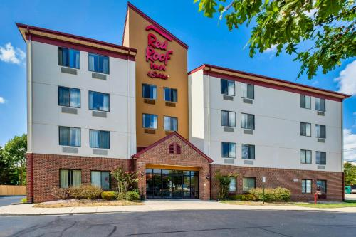 Red Roof Inn & Suites Dover Downtown