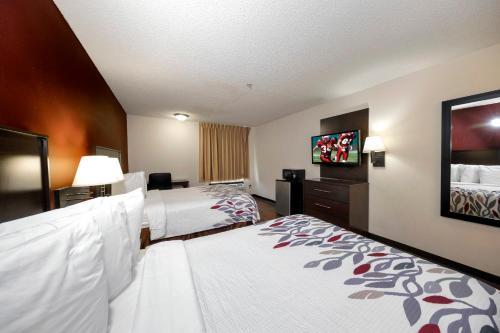 Red Roof Inn & Suites Savannah Airport - Savannah, GA GA 31322