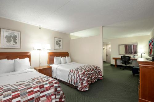 Red Roof Inn And Suites Newark - University
