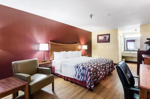 . Red Roof Inn Conroe North - Willis
