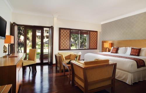 Hotel Nikko Bali Benoa Beach фотографии номера
