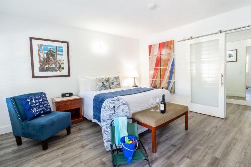 La Avenida Inn - Coronado, CA CA 92118