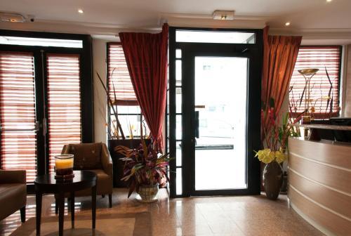 Hôtel des Deux Avenues photo 44