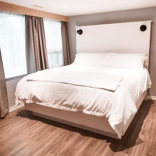 Along River Ridge Bed&Breakfast - Accommodation - Calgary
