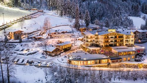 __{offers.Best_flights}__ Alpin Family Resort Seetal