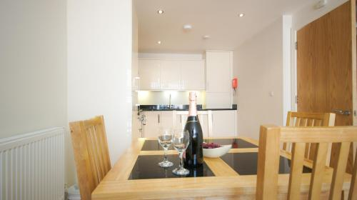 Crompton House Apartments photo 6