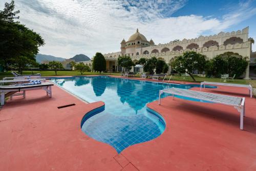 . Gulaab Niwaas Palace