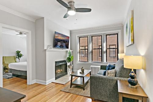 Lively Rejuvenating 1BR in Outstanding Location