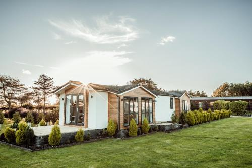 Little Eden Country Park, Bridlington with Private Hot Tubs Available