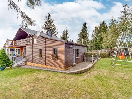 . Charming Chalet in Neustadt am Rennsteig with Sauna