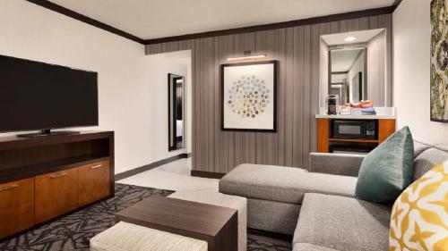 Embassy Suites Santa Clara - Silicon Valley - Santa Clara, CA CA 95054