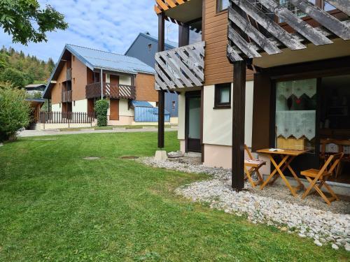 Joli Studio à la station des Rousses avec terrasse et garage - Apartment - Les Rousses