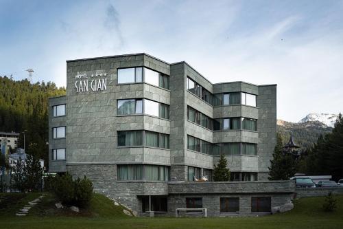 Sport & Wellnesshotel San Gian St. Moritz - Hotel