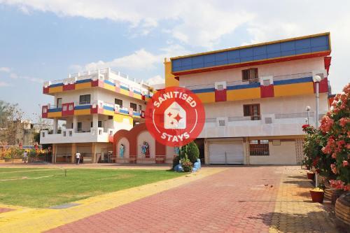 . OYO 36068 Shree Anand Mangalam