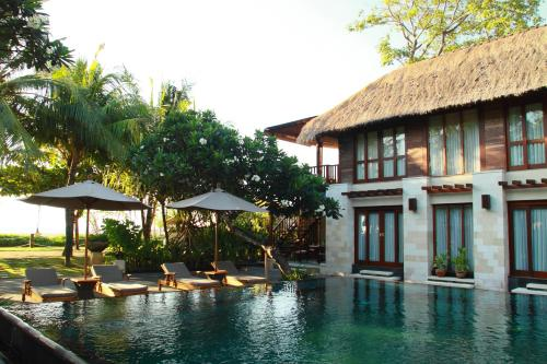 The Sandi Phala Beach Resort and Ma Joly Restaurant
