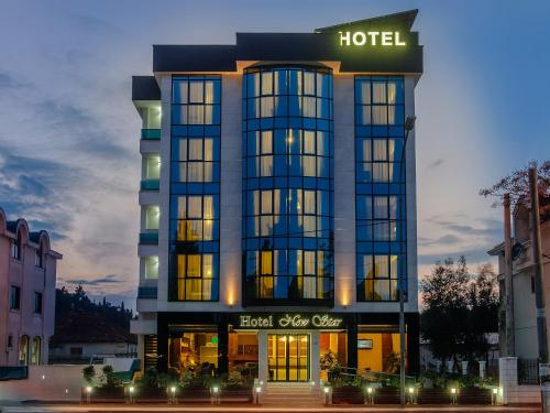 . Hotel New Star