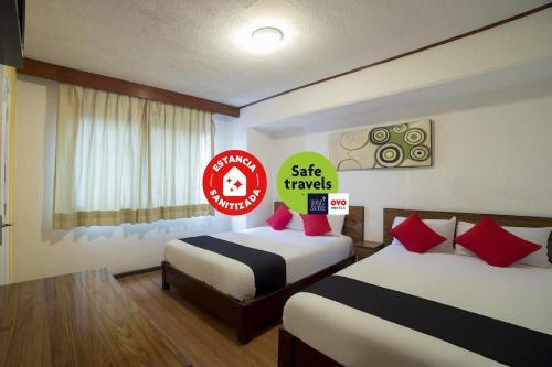 . Hotel Rex