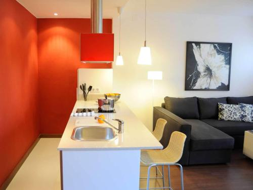 Your Home in Barcelona Apartments photo 6
