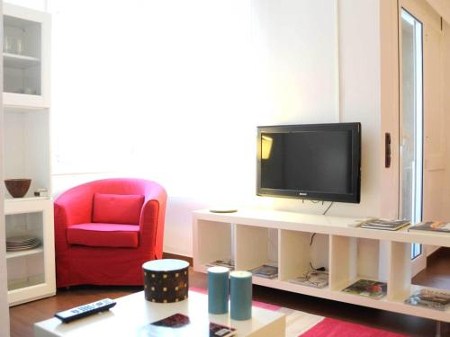 Your Home in Barcelona Apartments photo 11